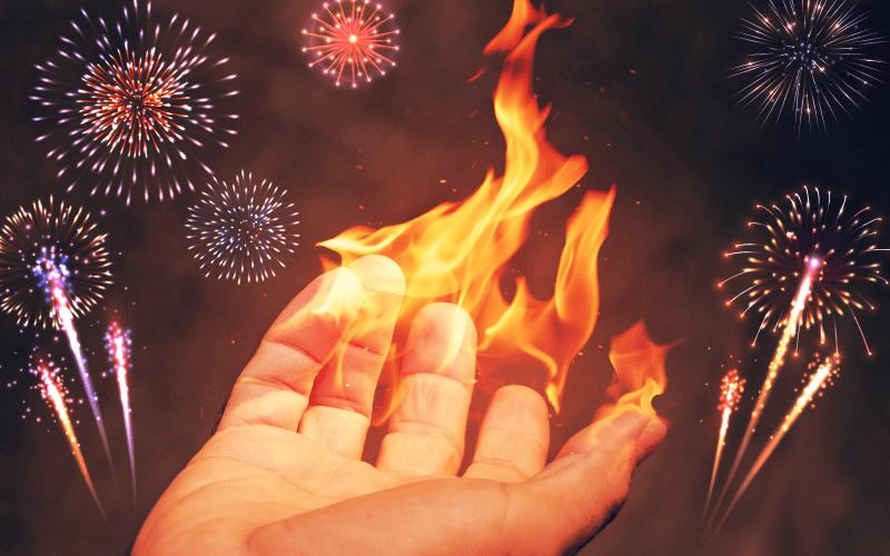 पटाखों से जलने पर तुरंत राहत पहुंचाएंगे ये 10 उपाय
