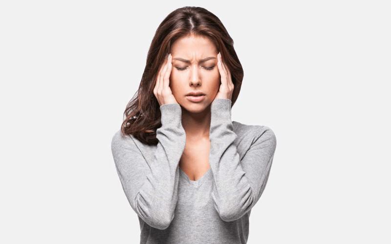 हिस्टीरिया (Hysteria)कारण, लक्षण और घरेलू उपाय