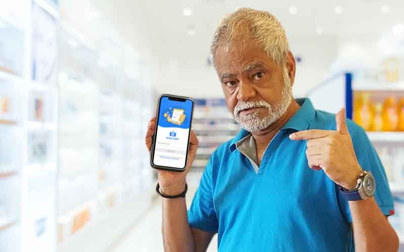Bollywood actor campaigning online medical store app sehat sathi app