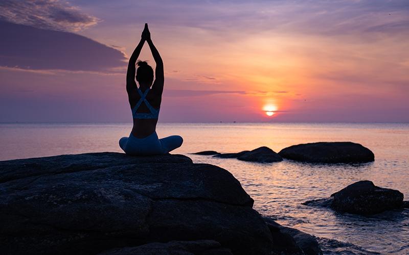 तनाव और डिप्रेशन को दूर करने वाले योग