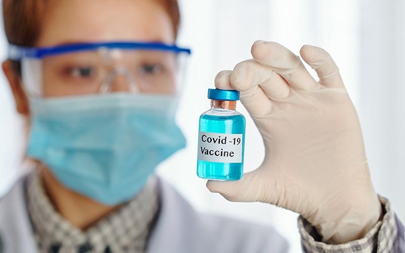 भारत की कोरोना वैक्सीन पर दुनिया की निगाहें, पढ़ें ये रिपोर्ट