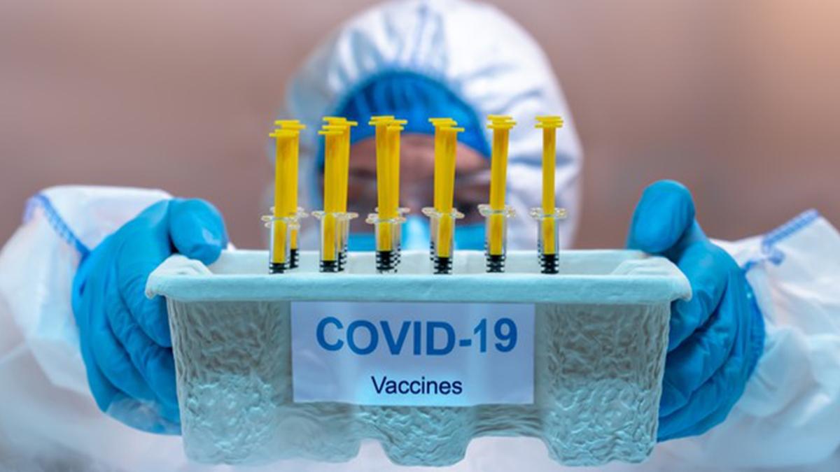 Covid-19 Vaccine भारत में खुले बाज़ार में आपको कब से मिलने लगेगी?