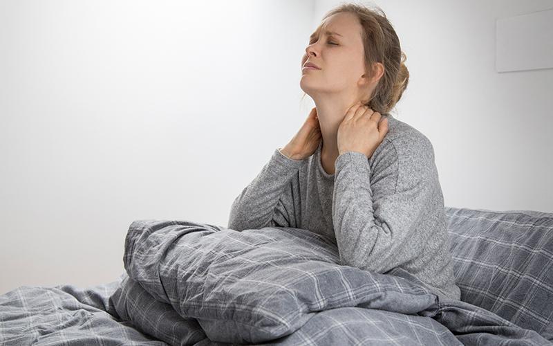Morning fatigue: क्यों महसूस होती है सुबह उठते ही थकान, जानें इलाज