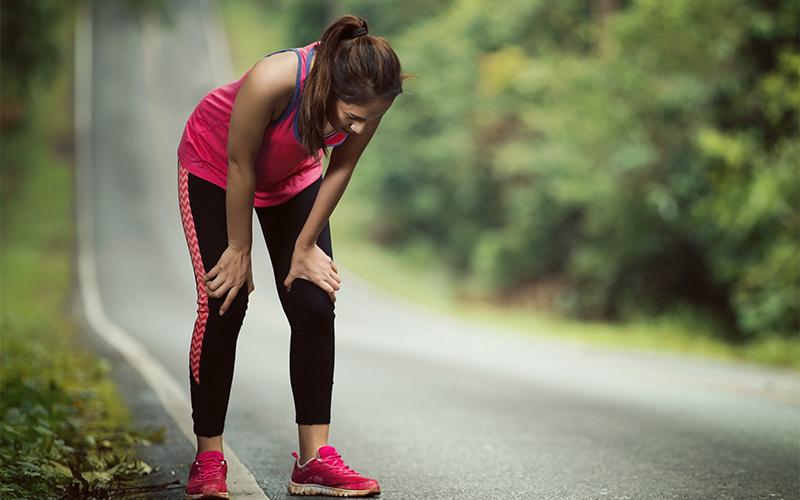 Thakan: थकान क्यों होती है? जल्दी थकने के 5 अहम कारण