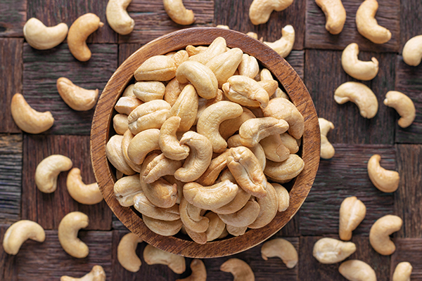cashew nuts for strong bones