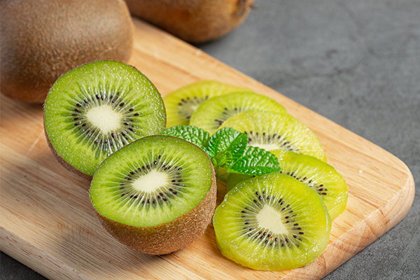 kiwi in summer diet tips