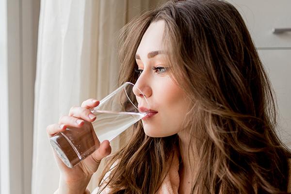 Summer Diet tips-Drink plenty of water