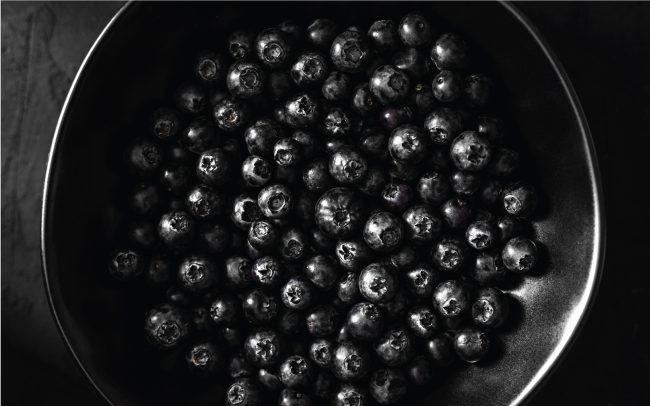 Monsoon fruits blueberry
